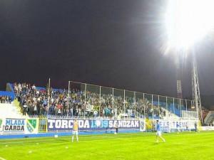 Εμπόλεμη κατάσταση σε γήπεδο στη Σερβία