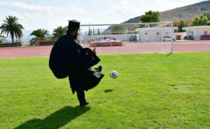 Παναργειακός: Στο Άργος παίζει μπάλα ο παπα-Βασίλης! (video)