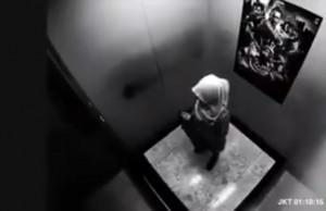Σοκ: Γυναίκα κατάφερε να ακινητοποιήσει ληστές μέσα στο ασανσέρ! (Video)