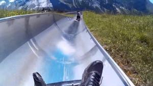 Ρόλερ κόστερ που διασχίζει τις Ελβετικές Άλπεις!  (video)