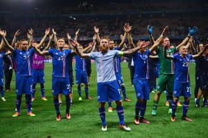 Γι' αυτό αγαπάμε το ποδόσφαιρο και την... Ισλανδία (video)