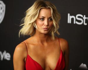 Διάσημη ηθοποιός έβγαλε το στήθος της έξω και το μοιράστηκε με... snapchat (photo)