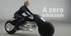 H BMW φέρνει τη μηχανή του μέλλοντος! Ξεχάστε ατυχήματα και... κράνος (video)