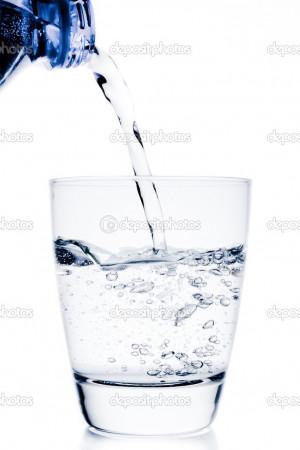 Δείτε γιατί δεν πρέπει να γεμίζετε πολλές φορές το πλαστικό μπουκάλι με το νερό!