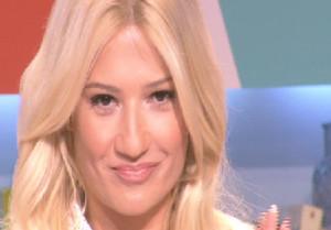 Συγκινημένη η Φαίη Σκορδά! Τι είπε στην εκπομπή της για το διαζύγιο με τον Λιάγκα (video)