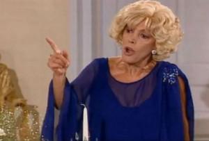 Αγνώριστη η «Ντένη Μαρκορά» -Τι είπε για τους «Δύο ξένους» 17 χρόνια μετά το τέλος της σειράς και τους άφησε όλους άφωνους (Βίντεο)