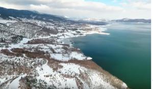 H παγωμένη Λίμνη Πλαστήρα από ψηλά... (video)
