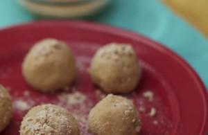 Κεφτεδάκια με γάλα και μέλι; Δείτε πώς θα τα φτιάξετε... (Video)