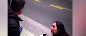 Θέλησε να κάνει πρόταση γάμου σε δημόσια θέα αλλά δεν πήγε όπως το σχεδίασε (βίντεο)