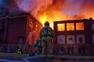 Είδηση - σοκ: 14χρονη κατηγορείται πως έκαψε ζωντανές τις συμμαθήτριες της