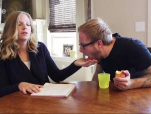 Ξεκαρδιστικό! 10+1 πράγματα που κάνουν τα παιδιά, αλλά απαγορεύονται για τους ενήλικες (video)
