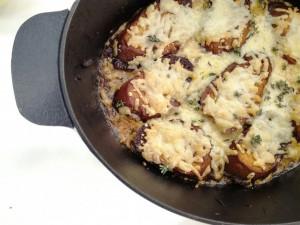 Σας αρέσει η κρεμμυδόσουπα; Θα τη φτιάξετε τέλεια με αυτήν τη συνταγή