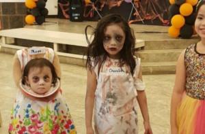 Η καλύτερη στολή Halloween ever: Κοριτσάκι έκανε την πιο τρομακτική μεταμφίεση (vid)