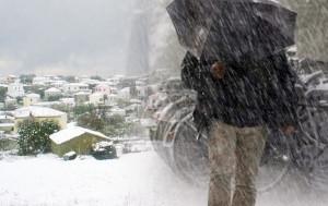 Κακοκαιρία διαρκείας... Καταιγίδες μέχρι την Τρίτη, κρύο και χιόνια απ' την Τετάρτη