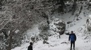 Πού χιονίζει: Μαγικές εικόνες από Αράχωβα, Περτούλι, Καρπενήσι (Video)
