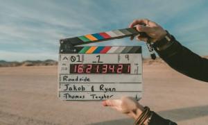 Σάλος με πασίγνωστη ηθοποιό - Σκηνοθέτησε ερωτική ταινία (photos)