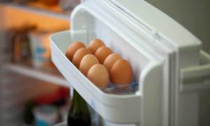 Βάζεις τα αυγά στην πόρτα του ψυγείου; Σταμάτα αμέσως! (photos)