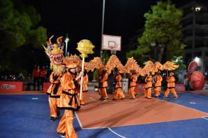Κινέζικη γιορτή του μπάσκετ στην πλατεία Ν. Σμύρνης...
