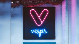 Vespr: Η ελληνική εφαρμογή γνωριμιών που λειτουργεί μόνο το βράδυ