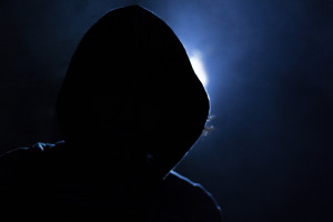 Θύματα χάκερς εκατομμύρια χρήστες κινητών τηλεφώνων (video)