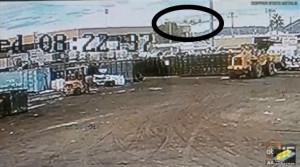 Εικόνες σοκ: Αεροπλάνο προσγειώνεται σε δρόμο (video)