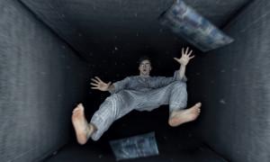 Κοιμάστε και τινάζεστε γιατί νομίζετε πως πέφτετε; Αυτή είναι η απάντηση (photos)