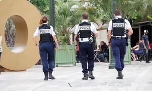 Η απίστευτη κίνηση των αστυνομικών για όσους είναι κλεισμένοι στην καραντίνα (video)