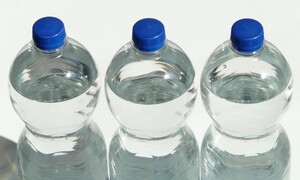Τι αλλάζει σύντομα σε μπουκάλια αναψυκτικών και μπύρας (photos)