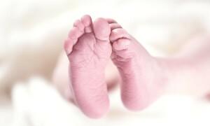 Δείτε το μωρό… Ραπουνζέλ που γεννήθηκε στη Βουλγαρία (photos)