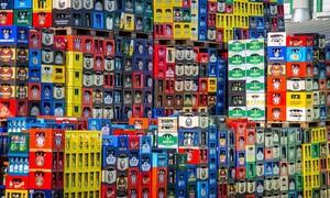 Τροχαίο για φορτηγό γεμάτο μπύρες - Δεν φαντάζεστε τι ακολούθησε (video)