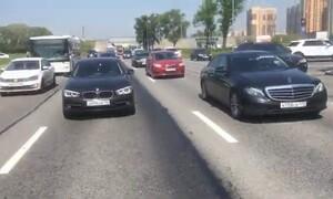 Πολίτες σταμάτησαν την κυκλοφορία - Εξαιρετικός ο λόγος (video)