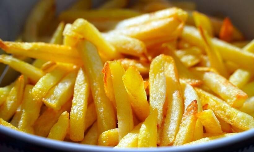 Αυτός είναι ο λόγος που οι τηγανιτές πατάτες δεν τρώγονται αν κρυώσουν (photos)