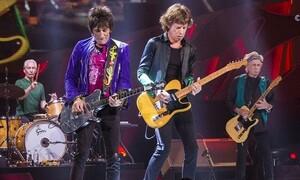 Για πρώτη φορά, το «Scarlet» των Stones μαζί με Jimmy Page