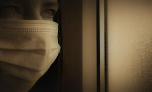 Sirina: Δίνει δωρεάν μάσκες φτιαγμένες από εσώρουχα πρωταγωνιστριών (pic)