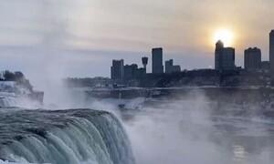 Καιρός: Εντυπωσιακές εικόνες από Καναδά και ΗΠΑ (video)