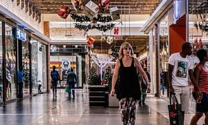 Ωράριο καταστημάτων: Μέχρι τι ώρα κάνουμε ψώνια το Σάββατο - Νέο άνοιγμα από Δευτέρα